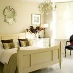 yatak odası dekorasyonunda krem rengi