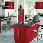 Çok şık kırmızı amerikan mutfak dolapları