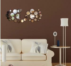 Kahve rengi duvar üzerinde parçalı ayna sticker