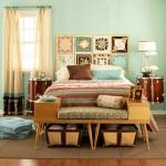 farklı tablolarla yatak odası tasarımları