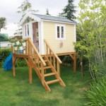 küçük şirin bahçe evi